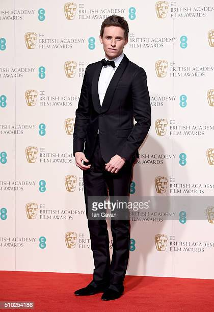 Eddie Redmayne poses in the winners room at the EE British Academy Film Awards at the Royal Opera House on February 14 2016 in London England