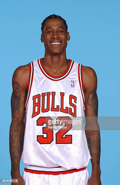 Eddie Robinson of the Chicago Bulls poses for a portrait during NBA Media Day on October 23 2004 in Chicago Illinois NOTE TO USER User expressly...