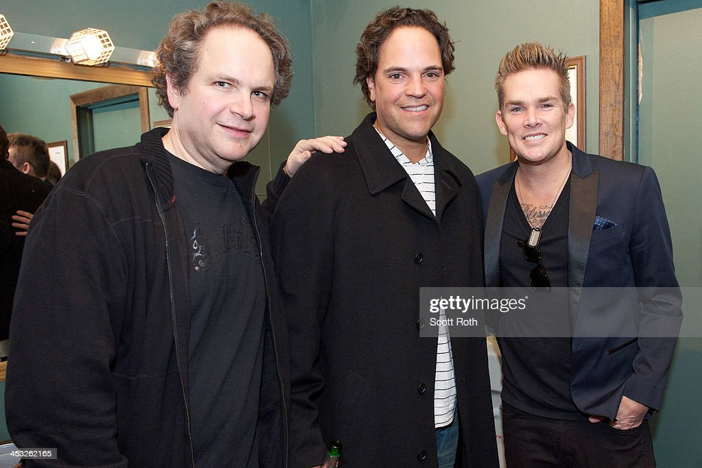 <a gi-track='captionPersonalityLinkClicked' href=/galleries/search?phrase=Eddie+Trunk&family=editorial&specificpeople=2165655 ng-click='$event.stopPropagation()'>Eddie Trunk</a>, <a gi-track='captionPersonalityLinkClicked' href=/galleries/search?phrase=Mike+Piazza&family=editorial&specificpeople=201920 ng-click='$event.stopPropagation()'>Mike Piazza</a>, and <a gi-track='captionPersonalityLinkClicked' href=/galleries/search?phrase=Mark+McGrath+-+Singer&family=editorial&specificpeople=171653 ng-click='$event.stopPropagation()'>Mark McGrath</a> attend the Wall Street Rocks 2013 Battle Of The Bands at Irving Plaza on December 2, 2013 in New York City.