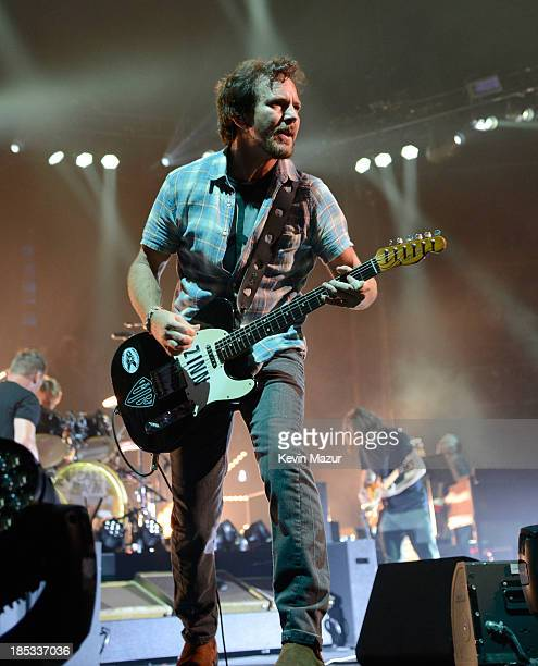 Eddie Vedder of Pearl Jam performs at Barclays Center of Brooklyn on October 18 2013 in New York City