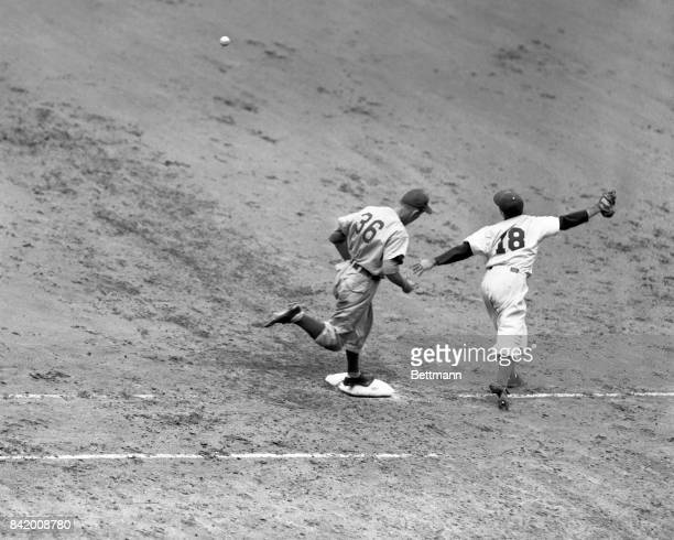 Eddie Waitkus and Chicago Cubs action