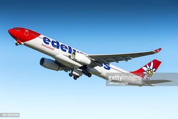 航空のエアバス A330 「エーデルワイス」