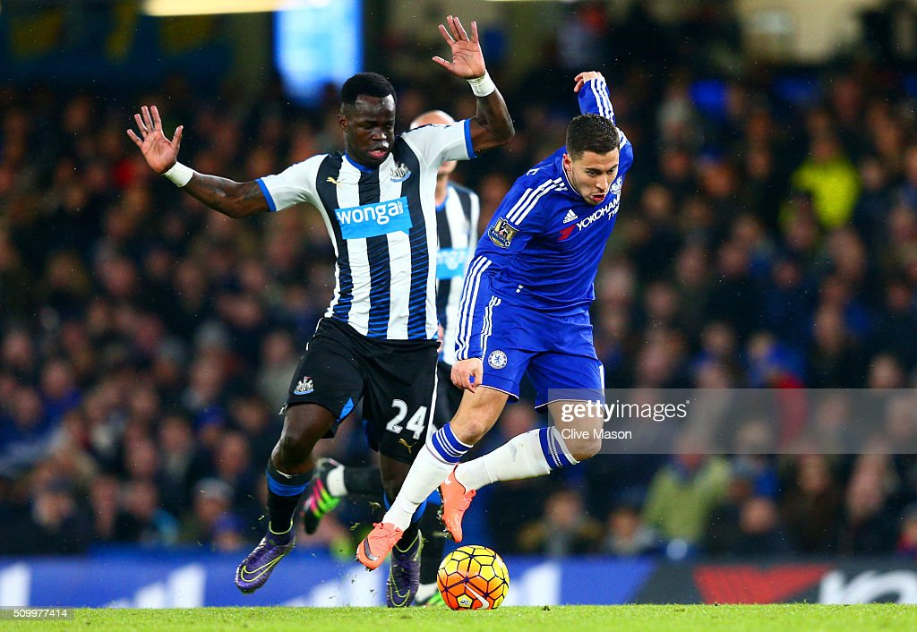 <a gi-track='captionPersonalityLinkClicked' href=/galleries/search?phrase=Eden+Hazard&family=editorial&specificpeople=5539543 ng-click='$event.stopPropagation()'>Eden Hazard</a> of Chelsea and Cheik Ismael Tiote of Newcastle United compete for the ball during the Barclays Premier League match between Chelsea and Newcastle United at Stamford Bridge on February 13, 2016 in London, England.