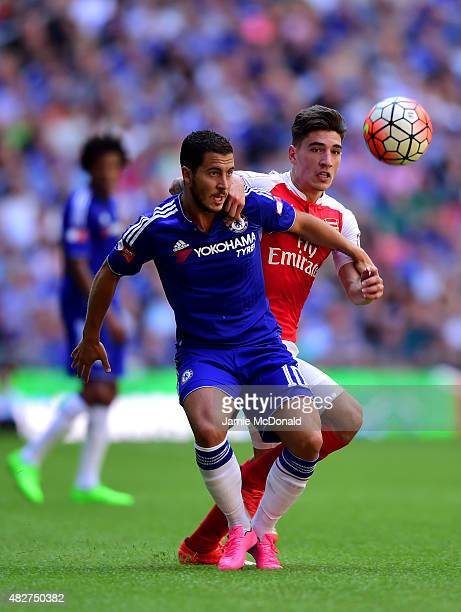 Eden Hazard of Chelsea and Hector Bellerin of Arsenal compete for the ball during the FA Community Shield match between Chelsea and Arsenal at...