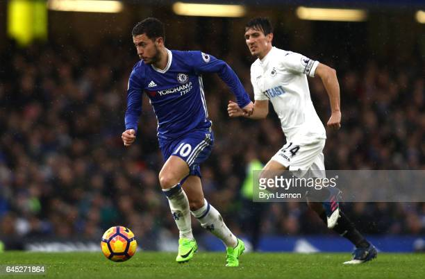 Eden Hazard of Chelsea in action during the Premier League match between Chelsea and Swansea City at Stamford Bridge on February 25 2017 in London...