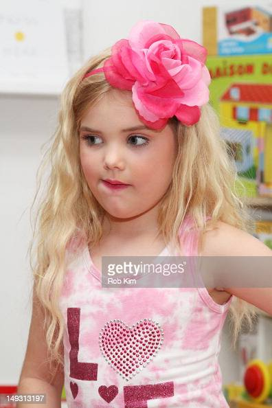 Eden Wood attends Tiny Tots Mini Mogul Fashion event at Babestas on July 26 2012 in New York City