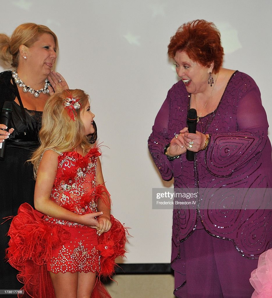 Eden Wood performs with Lu Lu Roman at the First Annual Youth Excellence Awards at Holiday Inn Nashville Opryland Airport on July 15, 2013 in Nashville, Tennessee.
