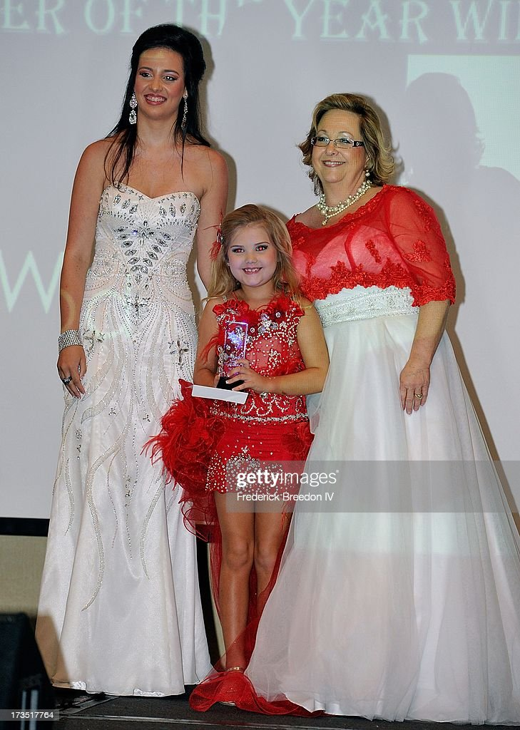 Eden Wood receives the Entertainer of the Year Award at the First Annual Youth Excellence Awards at Holiday Inn Nashville Opryland Airport on July 15...