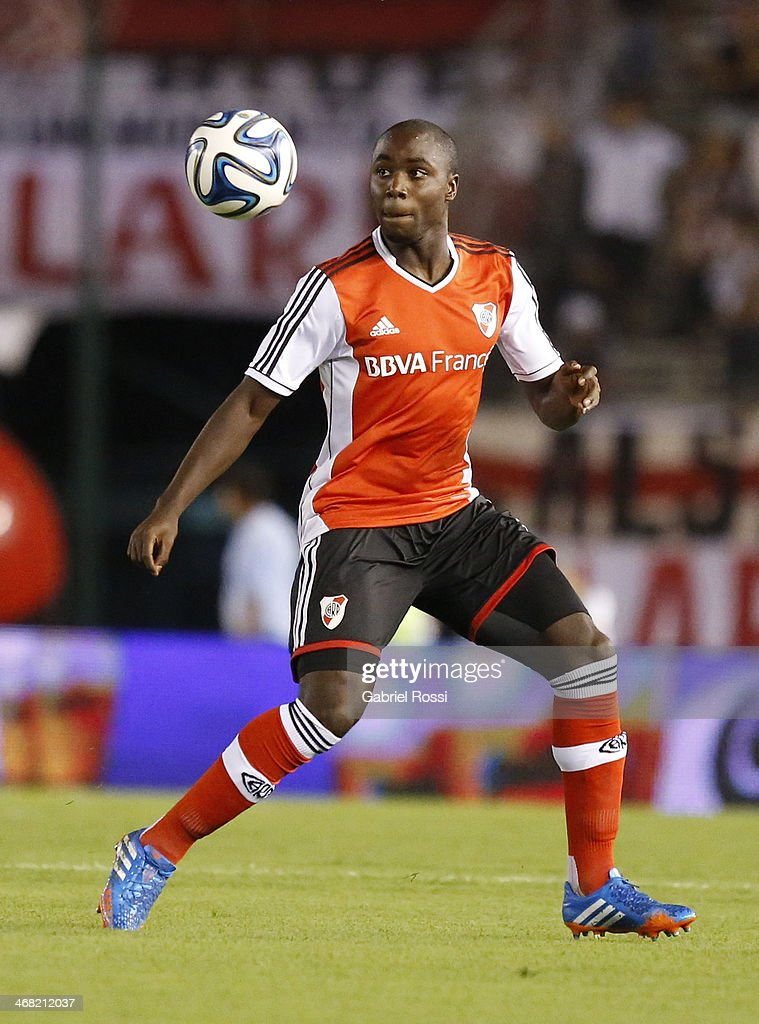 Eder Alvarez Balanta of River Plate in action during a match between River Plate and Gimnasia as part of the Torneo Final 2014 at Monumental Stadium on February 09, 2014 in Buenos Aires, Argentina.