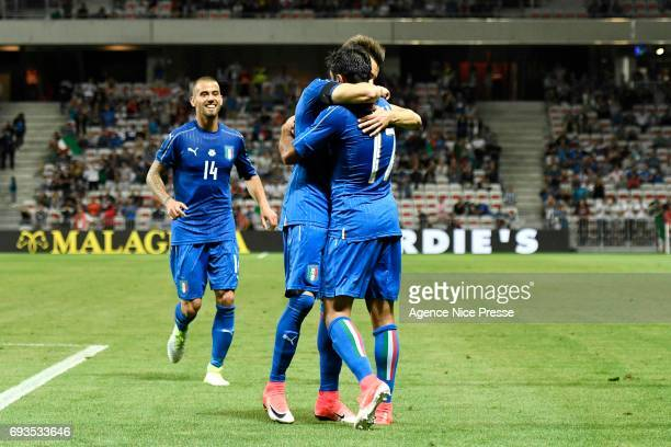 Eder celebrates scoring with Stephan El Shaarawy during the International Friendly match between Italy and Uruguay on June 7 2017 in Nice France