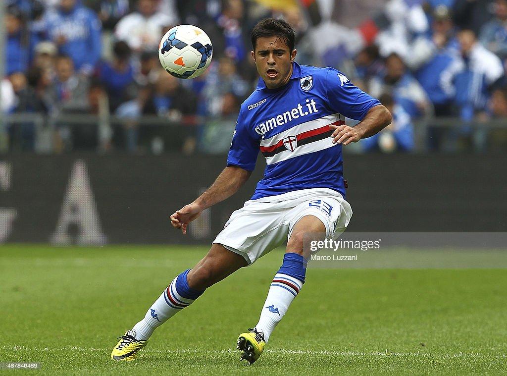 Eder Citadin Martins of UC Sampdoria in action during the Serie A match between UC Sampdoria and AC Chievo Verona at Stadio Luigi Ferraris on April...