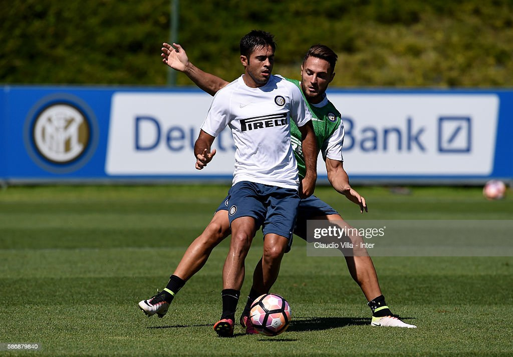 Eder in action during a FC Internazionale training session on August 7, 2016 in Milan, Italy.