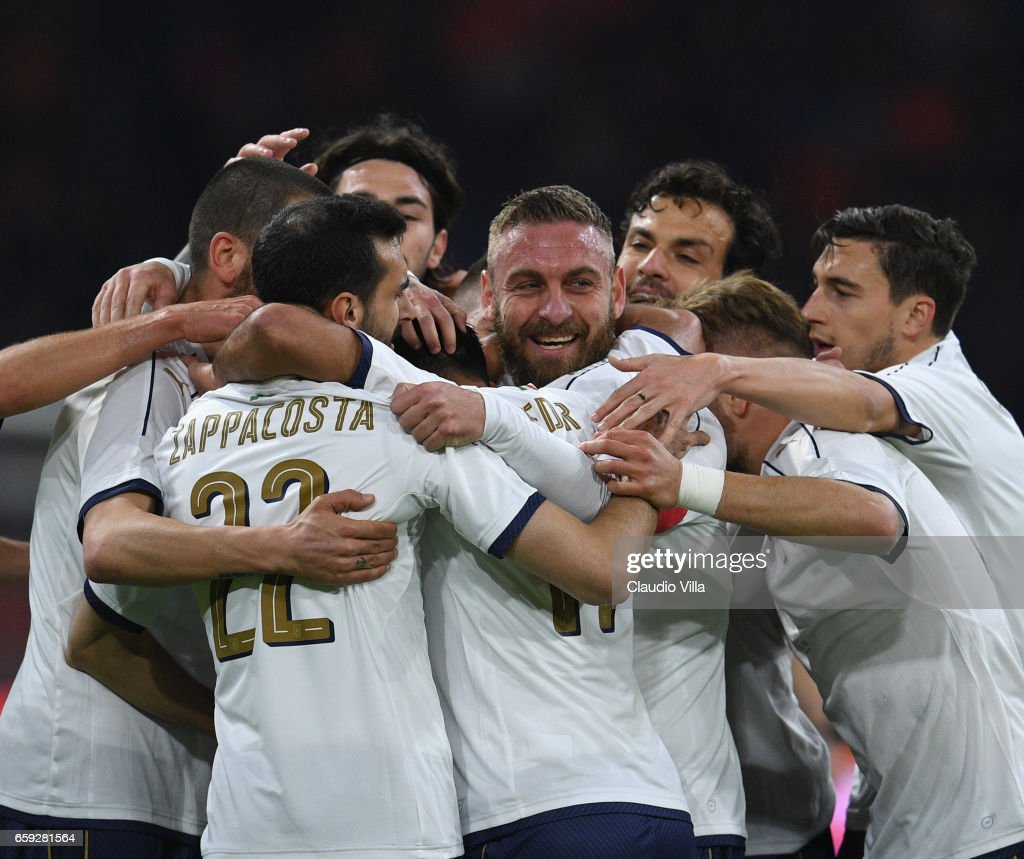 Eder of Italy celebrates with team-mates after scoring the goal during the international friendly match between Netherlands and Italy at Amsterdam Arena on March 28, 2017 in Amsterdam, Netherlands.