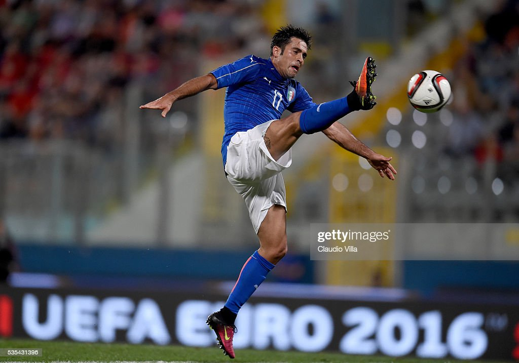 Eder of Italy in action during the international friendly between Italy and Scotland on May 29, 2016 in Malta, Malta.