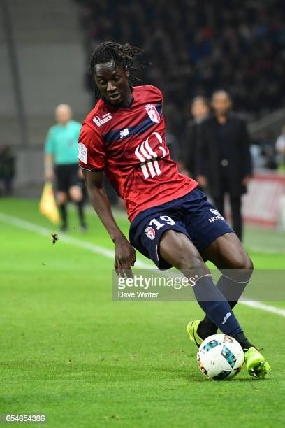 Eder of Lille during the Ligue 1 match between Lille OSC and Olympique de Marseille at Stade Pierre Mauroy on March 17 2017 in Lille France