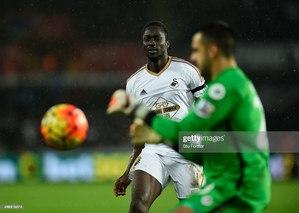Eder of Swansea in action during the Barclays Premier League match between Swansea City and AFC Bournemouth at Liberty Stadium on November 21 2015 in...