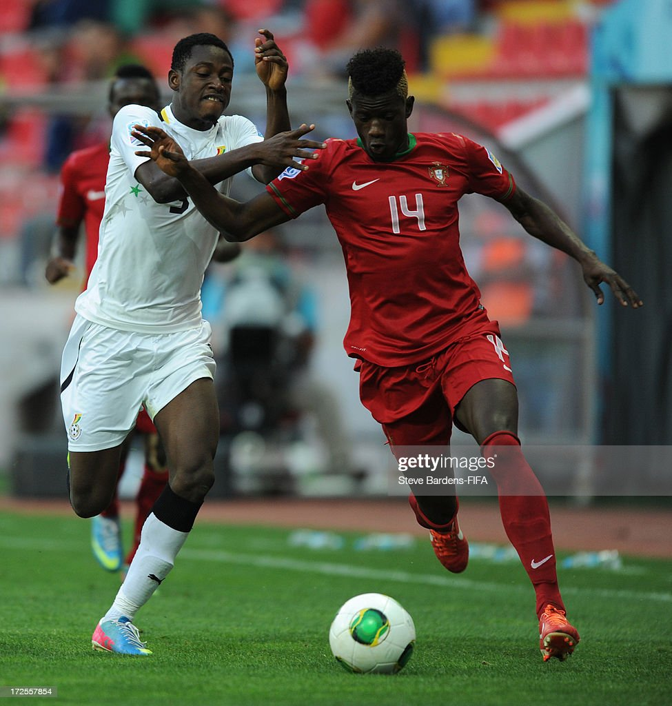 Edgar Ie of Portugal and Abdul Rahman of Ghana battle for the ball during the FIFA U20 World Cup Round of 16 match between Portugal and Ghana at Kadir Has Stadium on July 3, 2013 in Kayseri, Turkey.