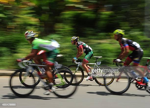 Edgar Nohales Nieto of Team 7 Eleven Roadbike competes during stage 5 of the 2014 Tour de Singkarak from Ngalau Indah to Lake Singkarak on June 11...