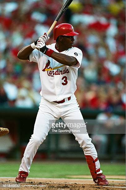 Edgar Renteria of the St Louis Cardinals bats against the Montreal Expos at Busch Stadium on August 8 2002 in St Louis Missouri The Cardinals won 53