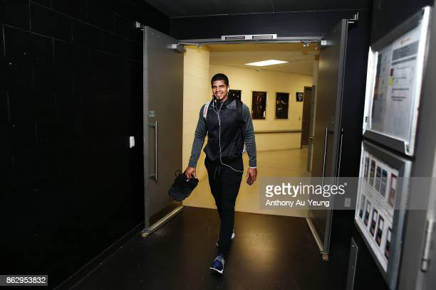 Edgar Sosa of the Breakers arrives at the venue prior to the round three NBL match between the New Zealand Breakers and the Sydney Kings at Spark...