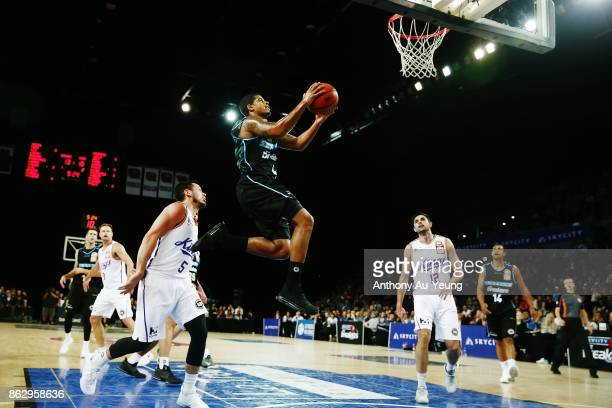 Edgar Sosa of the Breakers goes to the basket during the round three NBL match between the New Zealand Breakers and the Sydney Kings at Spark Arena...
