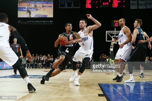 Edgar Sosa of the Breakers on the drive during the round three NBL match between the New Zealand Breakers and the Sydney Kings at Spark Arena on...