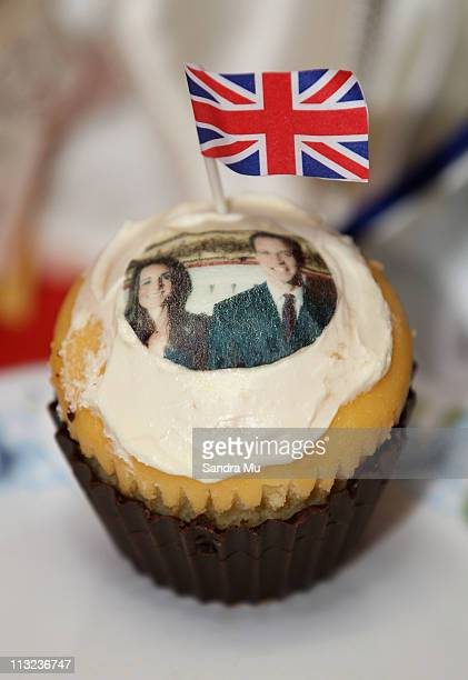 Edible Wills and Kate cupcakes are served at Corogate Cafe on April 28 2011 in Auckland New Zealand New Zealanders across the country are preparing...
