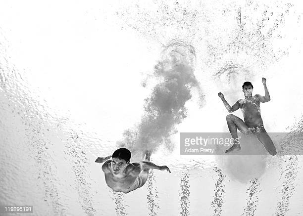Edickson Contreras and Enrique Rojas of Venezuela compete in the Men's 10m Platform Synchro preliminary during Day Two of the 14th FINA World...