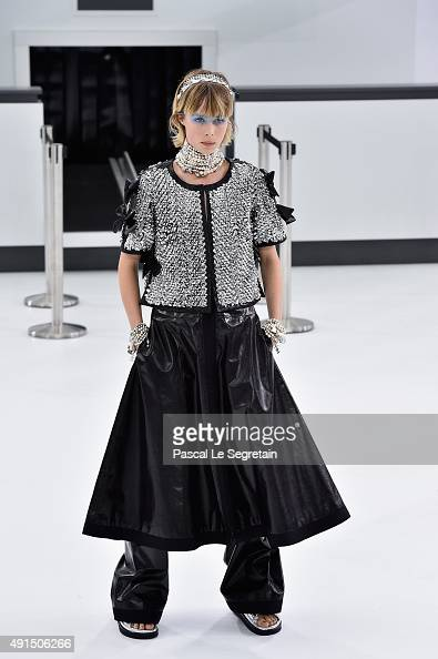 Edie Campbell walks the runway during the Chanel show as part of the Paris Fashion Week Womenswear Spring/Summer 2016 on October 6 2015 in Paris...