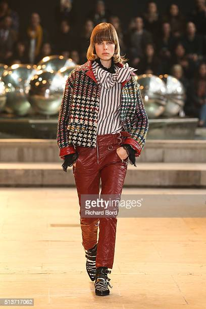 Edie Campbell walks the runway during the Isabel Marant show as part of the Paris Fashion Week Womenswear Fall/Winter 2016/2017 on March 4 2016 in...