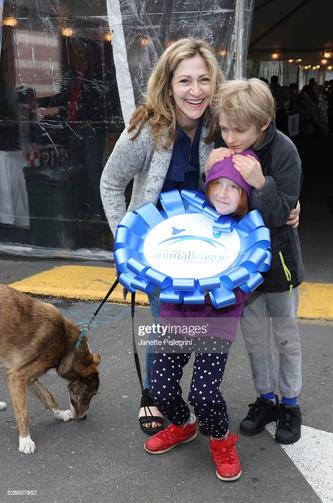 Edie Falco with her children Maisy Falco, Anderson Falco and their rescue dog Niko attends the 22nd Annual Global Pet Adoption Event at North Shore Animal League America on April 30, 2016 in Port Washington, New York.