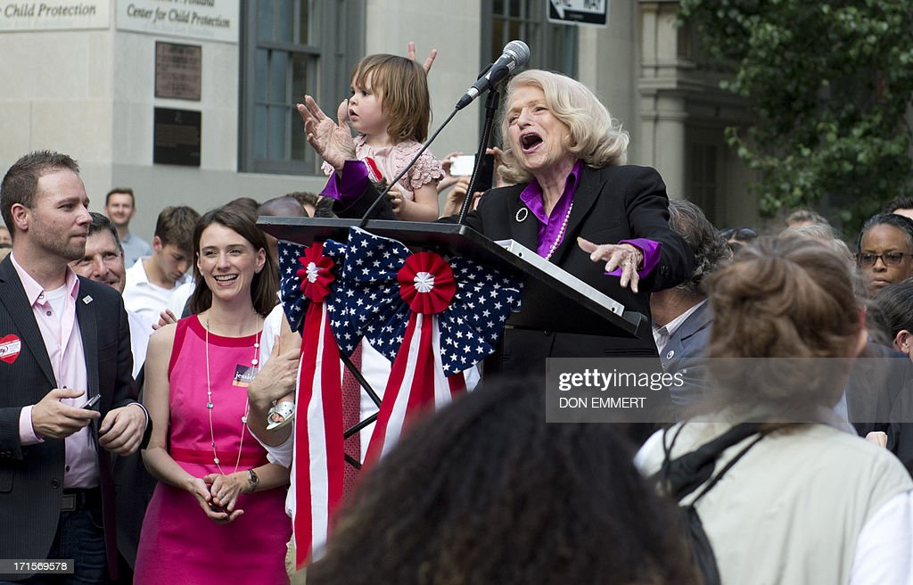 New Windsor (NY) United States  city photo : Edie Windsor, plaintiff in United States v. Windsor case, cheers as ...
