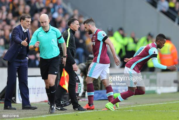 Edimilson Fernandes of West Ham United comes on for Robert Snodgrass of West Ham United L during the Premier League match between Hull City and West...