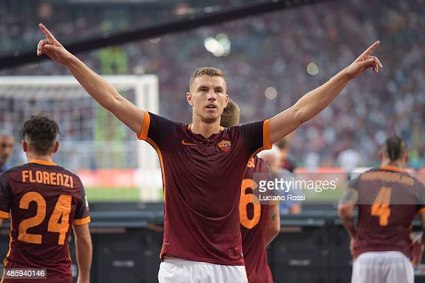 Edin Dzeko of AS Roma celebrates after scoring their second goal during the Serie A match between AS Roma and Juventus FC at Stadio Olimpico on...