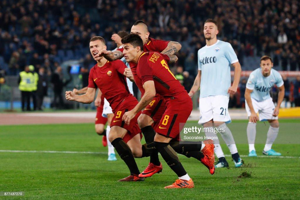 Edin Dzeko of AS Roma, Diego Perotti of AS Roma, Radja Nainggolan of AS Roma during the Italian Serie A match between AS Roma v Lazio at the Stadio Olimpico on November 18, 2017 in Rome Italy