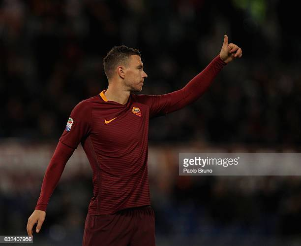 Edin Dzeko of AS Roma reacts during the Serie A match between AS Roma and Cagliari Calcio at Stadio Olimpico on January 22 2017 in Rome Italy