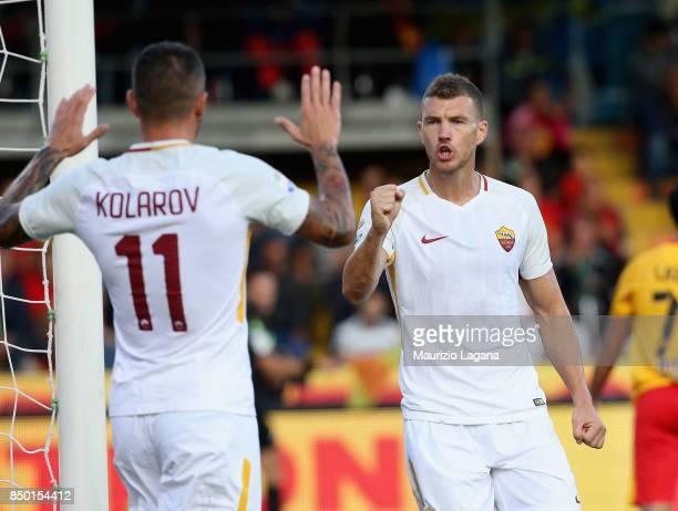 Edin Dzeko of Roma celebrates after scoring the opening goal during the Serie A match between Benevento Calcio and AS Roma at Stadio Ciro Vigorito on...