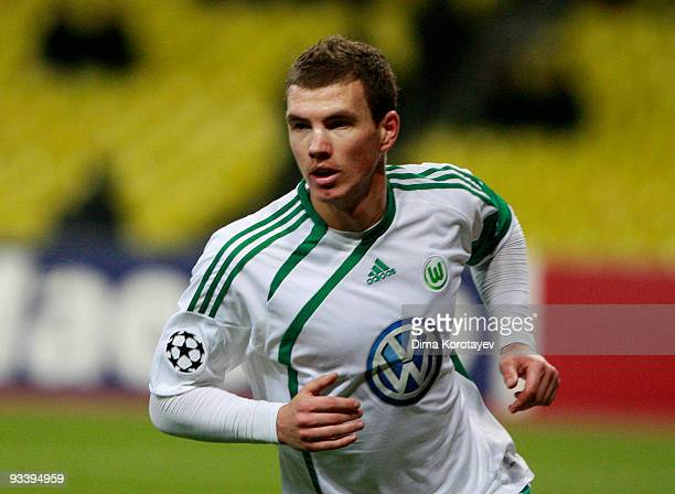 Edin Dzeko of VfL Wolfsburg celebrates after scoring the first goal during the UEFA Champions League group B match between CSKA Moscow and VfL...