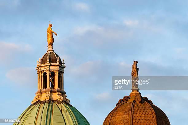 Edinburgh: Bank of Scotland domes and sculptures