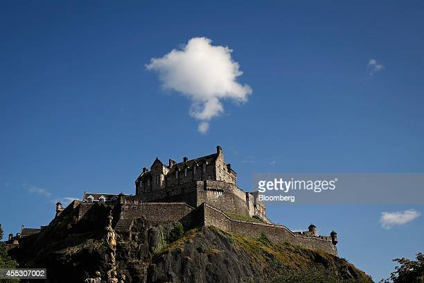 Edinburgh Castle stands on Castle Rock above the city of Edinburgh UK on Saturday Aug 9 2014 Scotlands nationalists suffered a second straight...