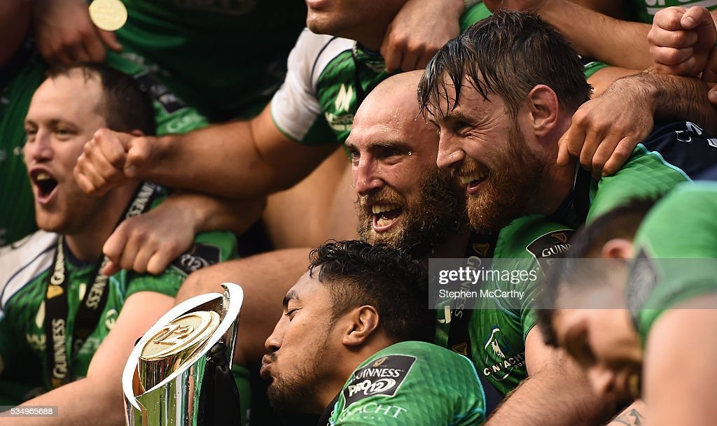 Edinburgh , United Kingdom - 28 May 2016; Connacht players, from left, Eoin McKeon, Bundee Aki, John Muldoon and Aly Muldowney celebrate following the Guinness PRO12 Final match between Leinster and Connacht at BT Murrayfield Stadium in Edinburgh, Scotland.