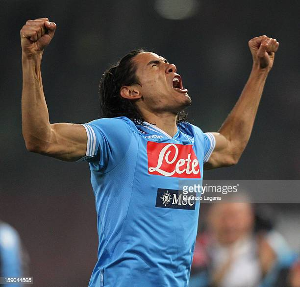 Edinson Cavani of Napoli celebrates afetr scoring the opening goal during the Serie A match between SSC Napoli and AS Roma at Stadio San Paolo on...