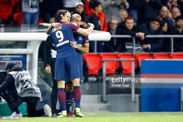 Edinson Cavani of Paris Saint Germain and Lucas Moura of Paris Saint Germain during the Ligue 1 match between Paris Saint Germain and OGC Nice at...