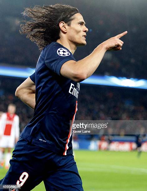 Edinson Cavani of Paris SaintGermain celebrates his goal during the UEFA Champions League between Paris SaintGermain FC and Ajax Amsterdam FC at Parc...