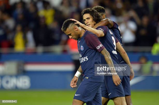 Edinson Cavani of Paris SaintGermain reacts after scoring during the Ligue 1 match between Paris SaintGermain and Toulouse at Parc des Princes on...