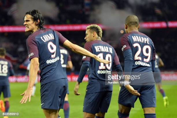 Edinson Cavani of Paris SaintGermain reacts after scoring during the Ligue 1 match between Paris Saint Germain and Olympique Lyonnais at Parc des...