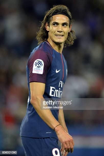 Edinson Cavani of Paris SaintGermain reacts during the Ligue 1 match between Paris SaintGermain and Toulouse at Parc des Princes on August 20 2017 in...