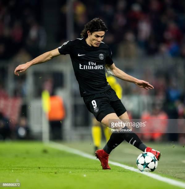 Edinson Cavani of Paris SaintGermain runs with the ball during the UEFA Champions League group B match between Bayern Muenchen and Paris SaintGermain...