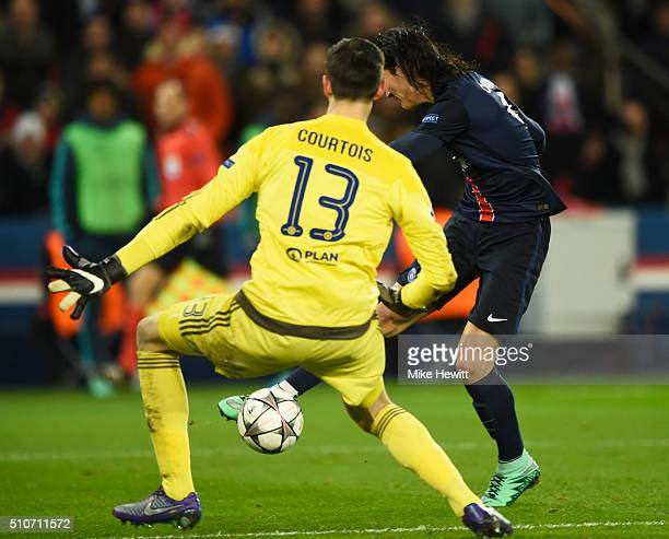 Edinson Cavani of Paris SaintGermain shoots past Thibaut Courtois of Chelsea to score their second goal during the UEFA Champions League round of 16...