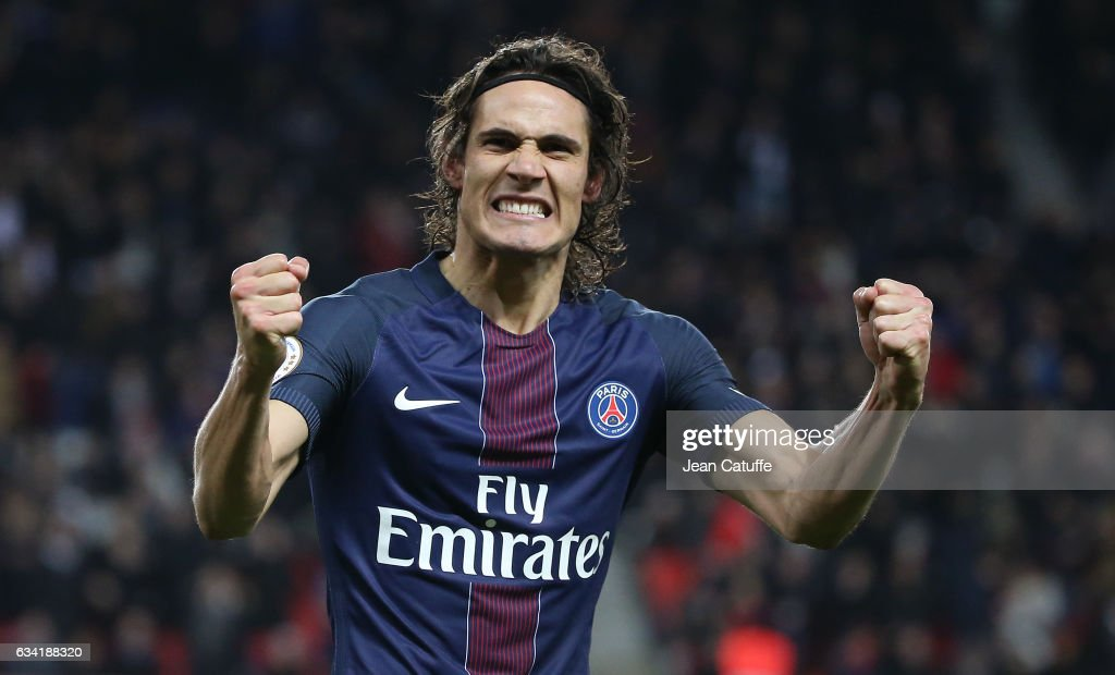 Edinson Cavani of PSG celebrates his goal during the French Ligue 1 match between Paris Saint-Germain (PSG) and Lille OSC (LOSC) at Parc des Princes stadium on February 7, 2017 in Paris, France.